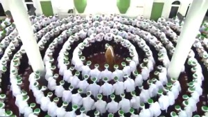 Hadra - zikr- white circle around the Shaykh