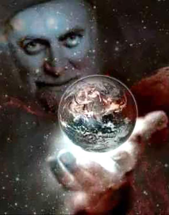 Mawlana Shaykh Nazim holding earth