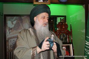 Shaykh Nurjan saying the Real Shahada -Holy Hair of Prophet (saws)