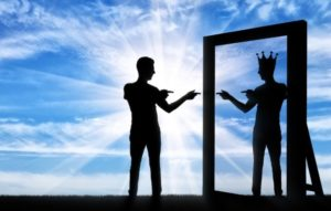 ego nafs man sees himself as king in mirror