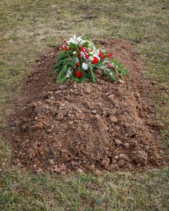gravesite_flowers