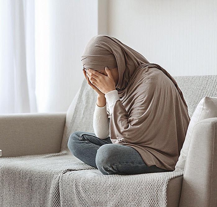 Muslim Woman du'a, prayer, madad,